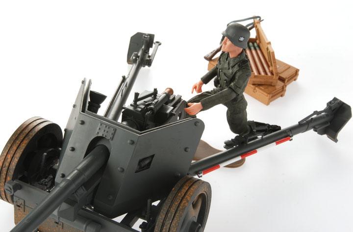 German 50 Mm Anti Tank Gun: German WWII Pak 40 75mm Anti-Tank Gun: 1:18 Scale With 4